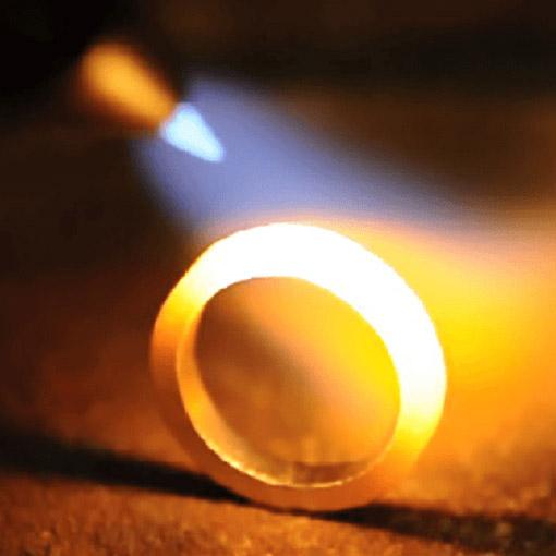 結婚指輪の鍛造と鋳造の違いって?